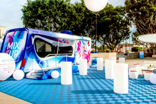 FREE food & fun this weekend! PepsiCo #NSPIRE's traveling kitchen is serving up @Quaker. #ad https://t.co/D4e9HzQ70C https://t.co/zHgsUIZ6vX