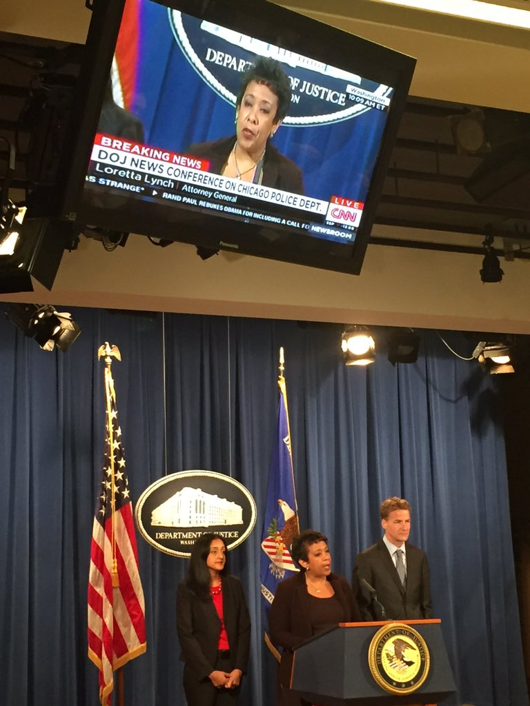AG @LorettaLynch announces the @TheJusticeDept Opening a pattern and practice investigation of the Chicago PD. https://t.co/iSyf3z1hG5