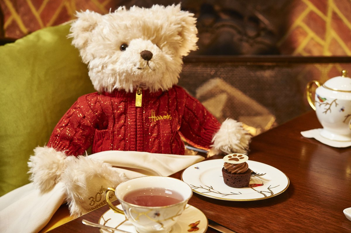 Who is joining our beloved Benedict the @Harrods bear for #AfternoonTea this afternoon? https://t.co/qo6smUW4kR https://t.co/iwd89Dqvfk