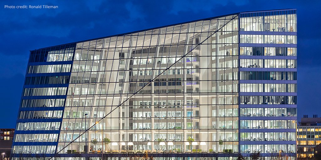 What makes the home of @DeloitteNL the greenest building in the world? Learn more: #GR2015 https://t.co/d6uJzH8rQc https://t.co/vZI1ge2j7v