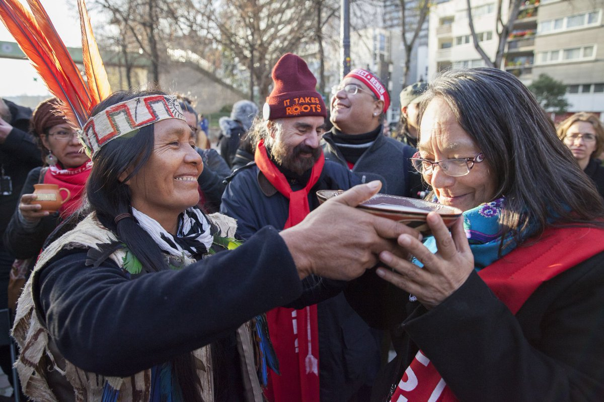 #Trudeau fights to keep #Indigenous rights in Paris #climate deal http://bit.ly/natobscop2116  #COP21 @Fnsolidarity