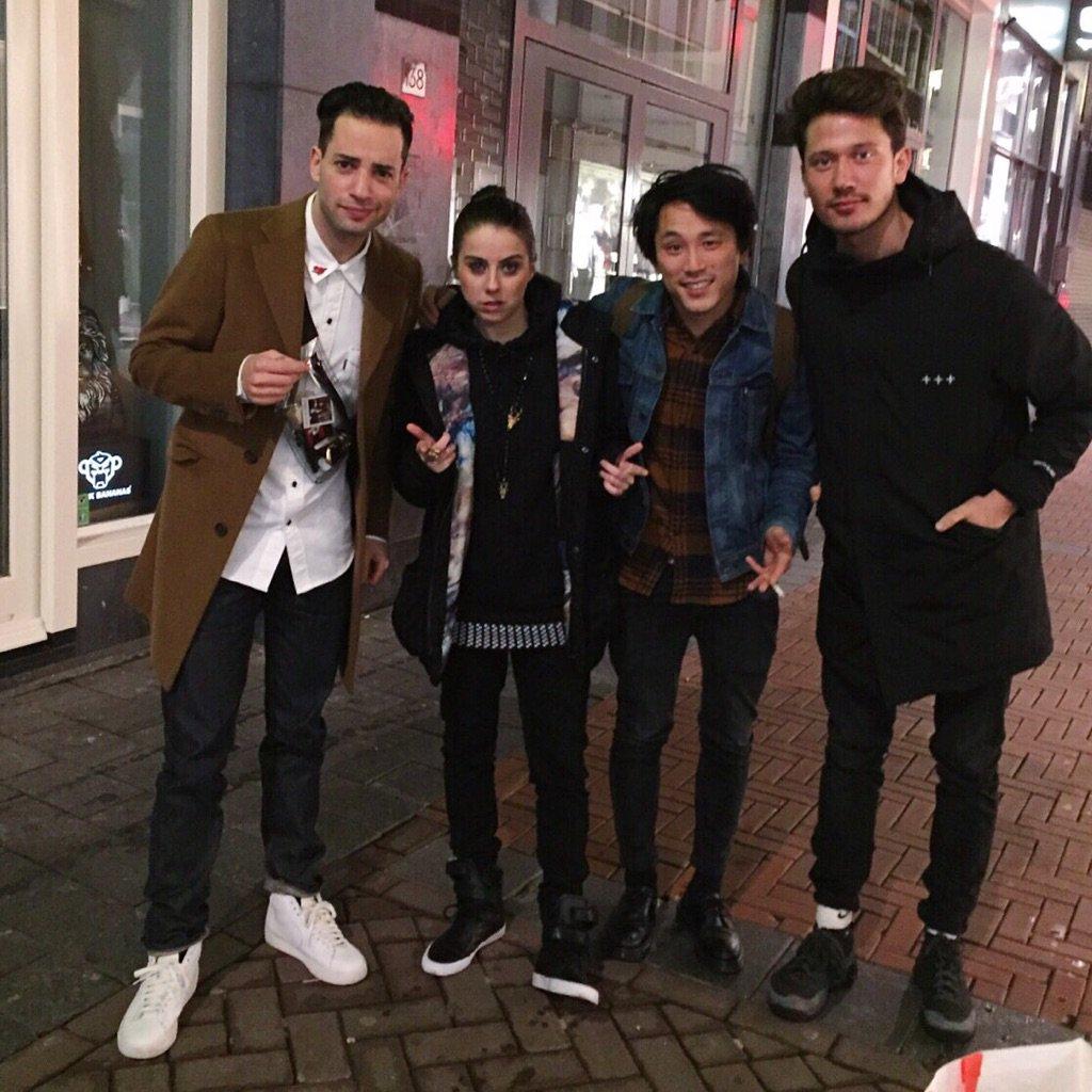 RT @Phalerieau: @LadySOV enjoy Amsterdam! https://t.co/id8k6JJgPR