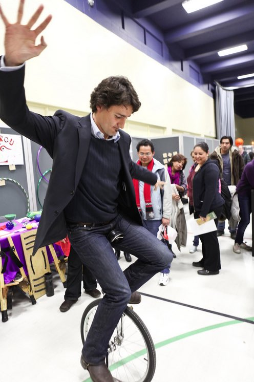 No joke, googling photos of Justin Trudeau is an almost guaranteed killer of bad moods. Who even is this goofball? https://t.co/wu4F8nvNbp