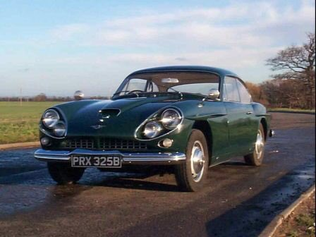 Say what you like about Scottie, but his taste in cars is impeccable #jensencv8 #londonspy https://t.co/jqMyPlEqsw