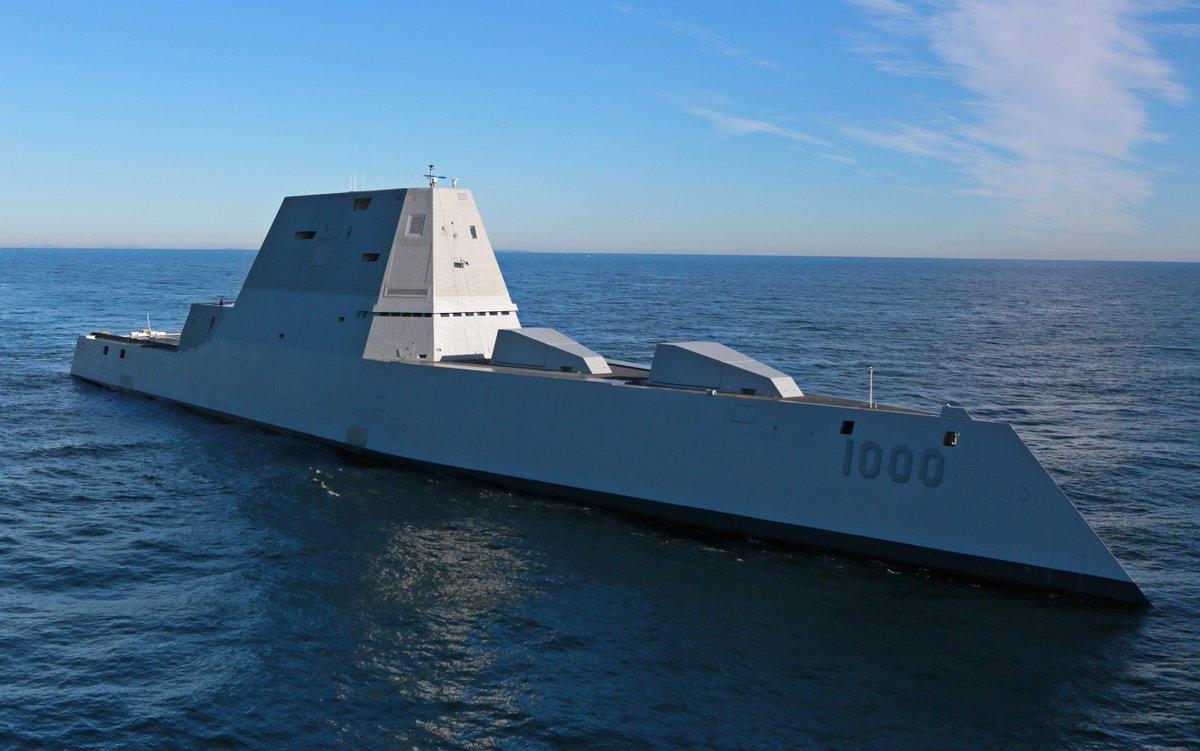 初の洋上試験中!: 今までの軍艦のイメージとはかけ離れた、ズムウォルト級駆逐艦の1番艦となる駆逐艦ズムウォルトは、現在、初の洋上試験中! https://t.co/gbcIPAiRri まるでCGで描いたような形ですね。 https://t.co/oYcMZNbGji