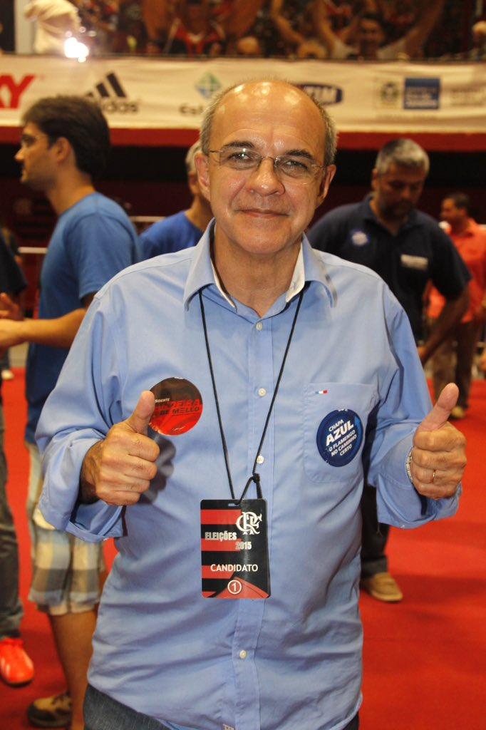 #EleiçãoFla: Com 1.652 votos, Eduardo Bandeira de Mello é reeleito presidente do Flamengo para o triênio 2016-18.