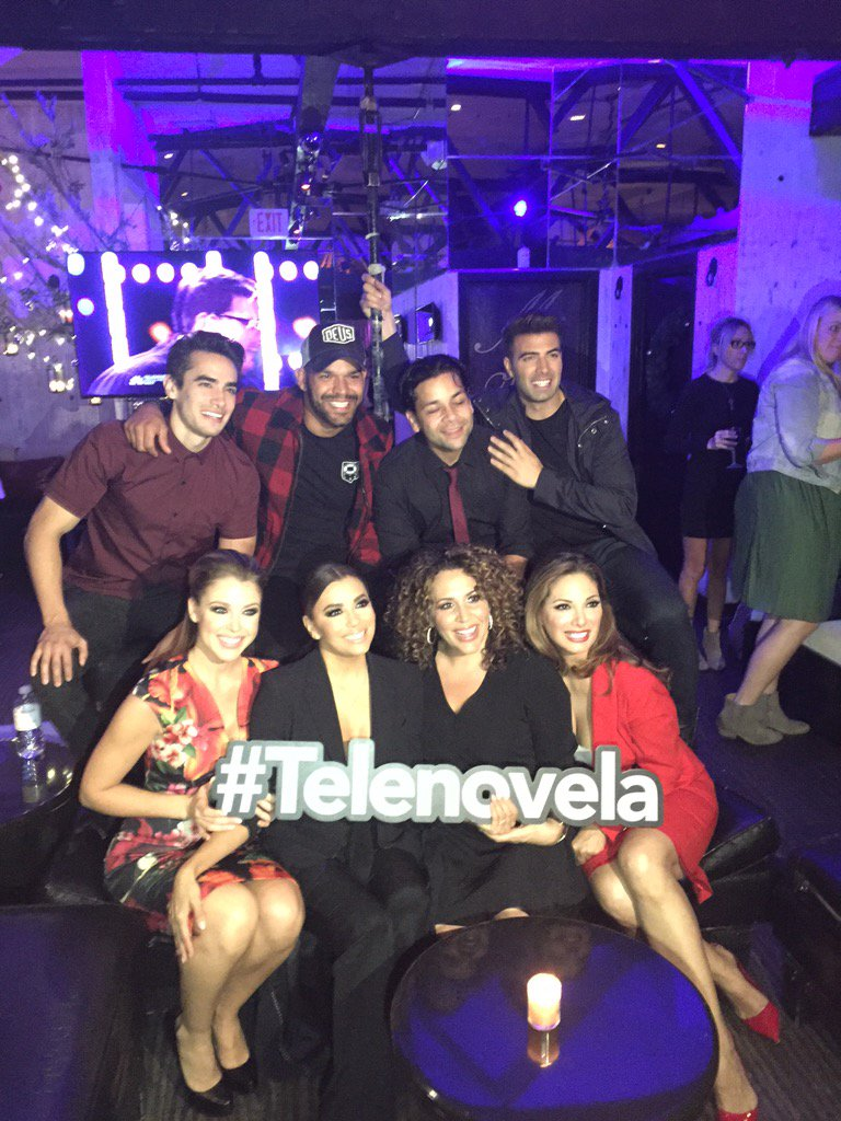 We're LIVE tweeting right NOW!!! I hope you're watching #Telenovela with us this very second! We're on episode 2! https://t.co/3xERT5HPOA