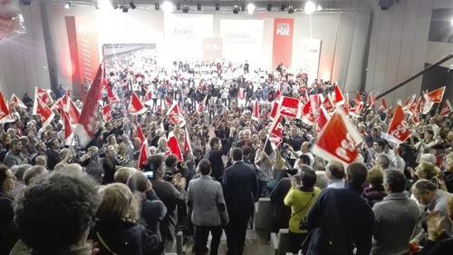 Pedro Sánchez abarrota el palacio de congresos de A Coruña - https://t.co/3KWMttRMrU https://t.co/YZz3U65Bpi