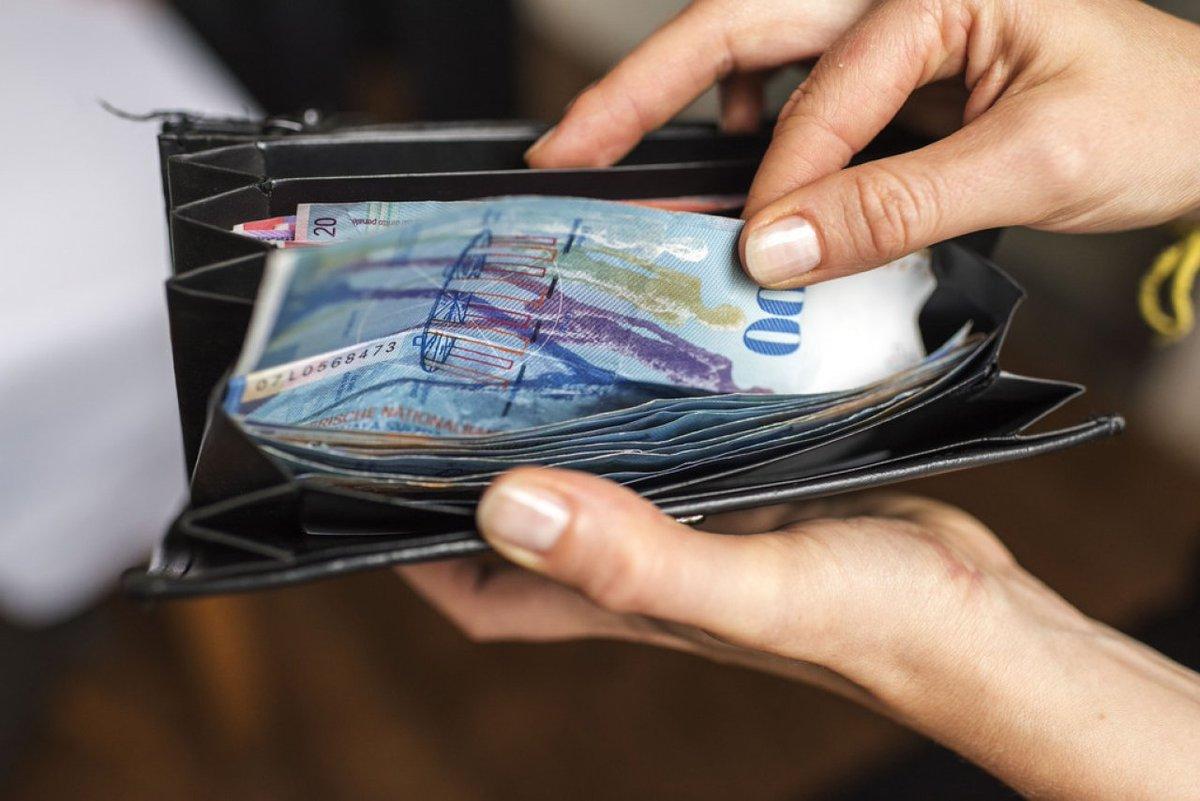 Svizzera al Referendum per Stipendio Base Gratis Garantito per tutti i cittadini