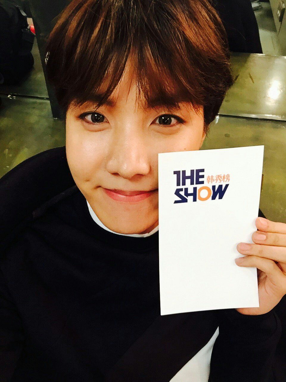 Picture Sbsmtvtheshow Posted A Picture Of Bts 151208