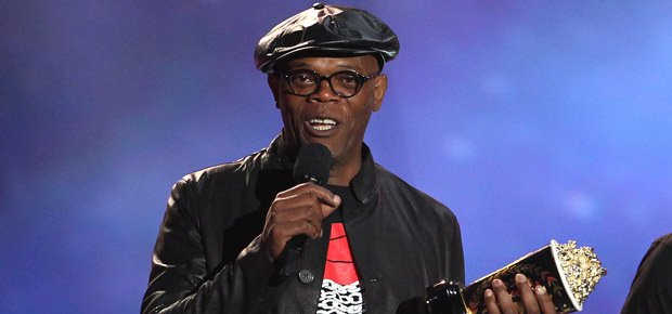 Samuel L. Jackson: If Donald Trump becomes president I'm moving to South Africa https://t.co/9LxaxlkiVf https://t.co/OT3UWA8pOU