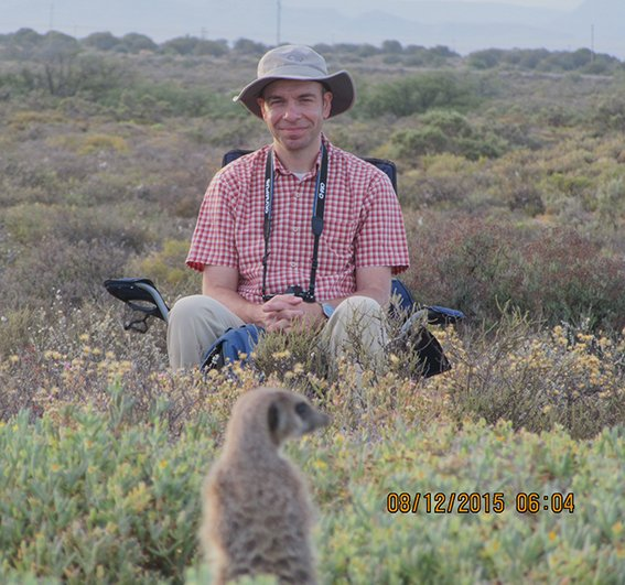 Got up early today to see meerkats wake up in the Little Karoo with https://t.co/TafXbmq3PL - wonderful experience https://t.co/RoxyLgk4DC