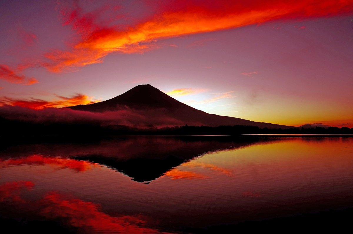 高画質 風景 動物 画像 On Twitter Fuji 夕焼け 空 富士山 湖
