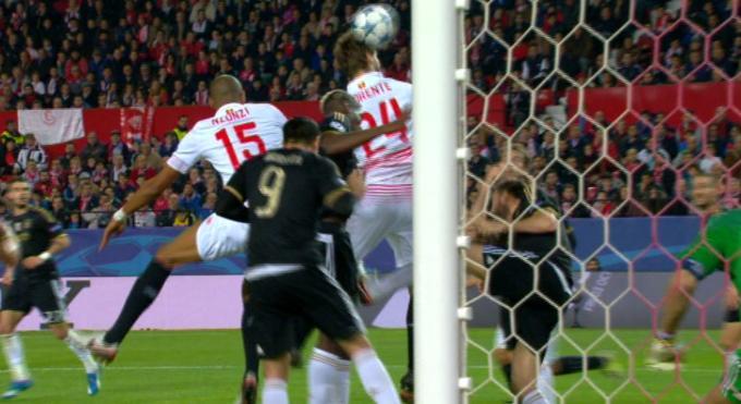 Siviglia-JUVENTUS 1-0, gol di Fernando Llorente
