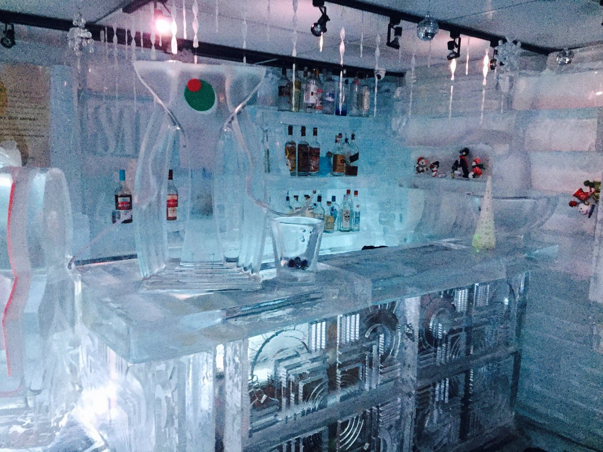 Tyler Sminkey On Twitter Icebar Set Up For The Holidays Drinkhouse Fire Ice In Miami Beach Fl Https T Co Jzx2pl1ist Te000c8