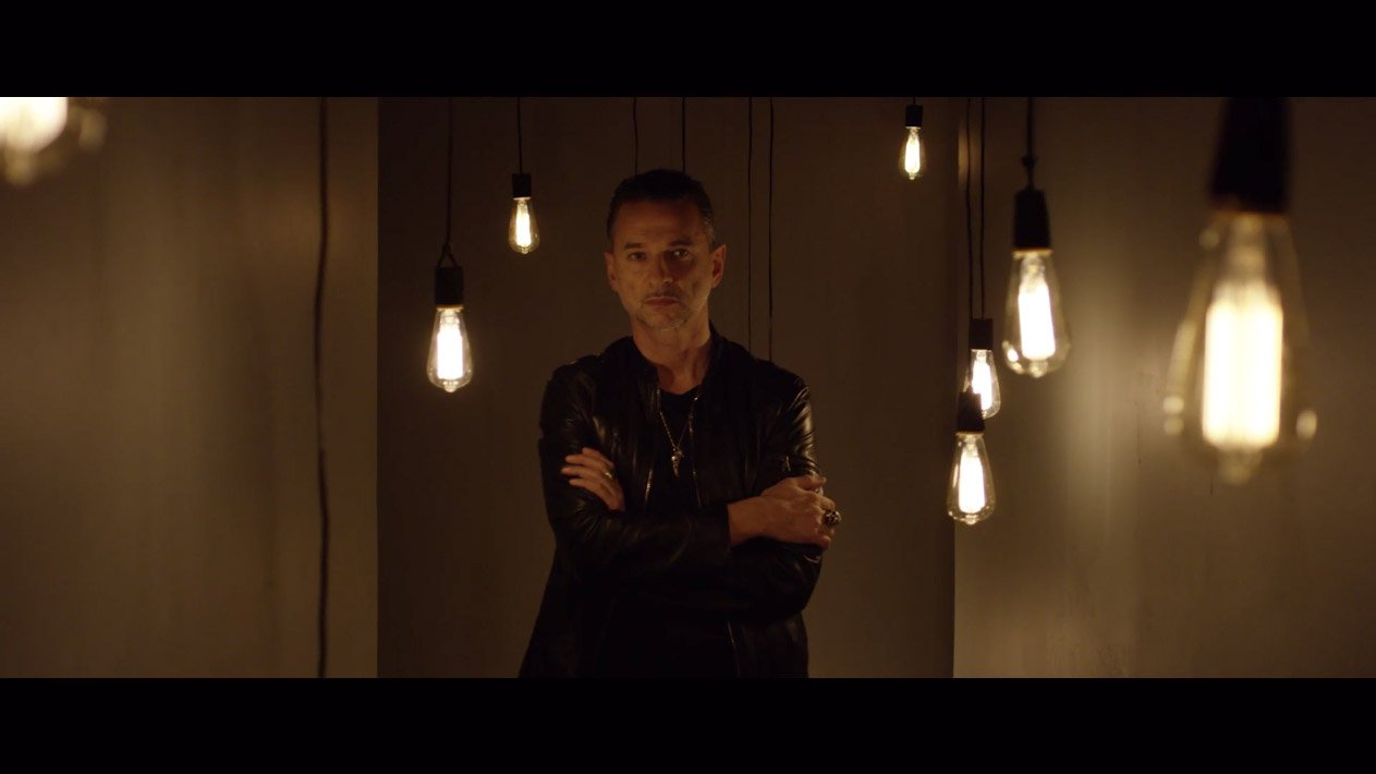 The new video from Dave Gahan & Soulsavers premieres Thursday on @vevo. https://t.co/i8kZlGeI8r