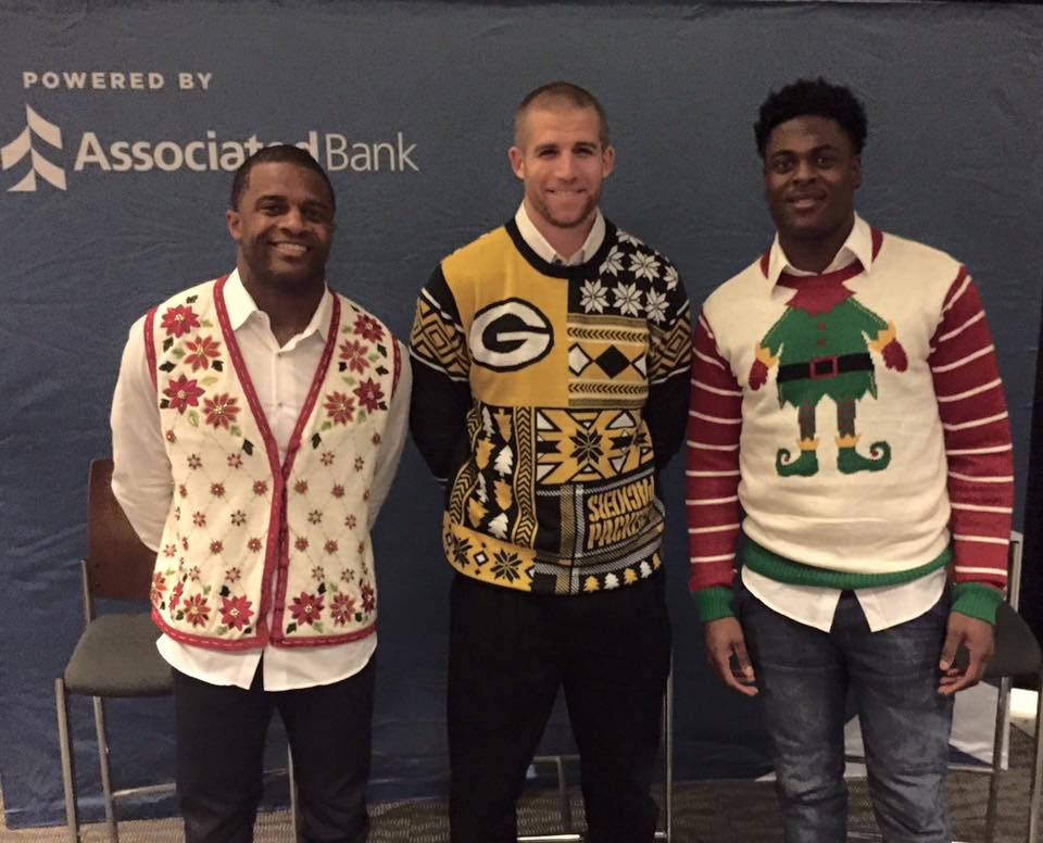 Having a great time at the Associated Bank Packer's Ultimate Experience tonight! #gopackgo #uglysweater https://t.co/dRG3fPzaQi