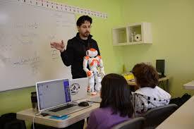 Teaching Kids to Code with Robotics https://t.co/e58ydBsFUe #CSEdWeek #HourofCode #KidsCanCode https://t.co/0pfQ8wvyt0