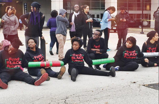 Throwback to when #BlackLivesMatter groups (many of them led by queer and trans youth) shut down the IACP conference https://t.co/4IWoOpMtOX