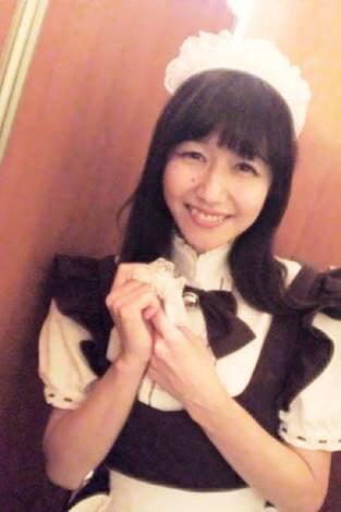@otakomu  RT : 井上喜久子(17)の娘・HONOKA(17)が歌手デビュー!18時からのニコ生で生歌披露 https://t.co/FUfFr0F4PQ https://t.co/5aa7kPINcW 母17歳、娘17歳・・おや?(笑)
