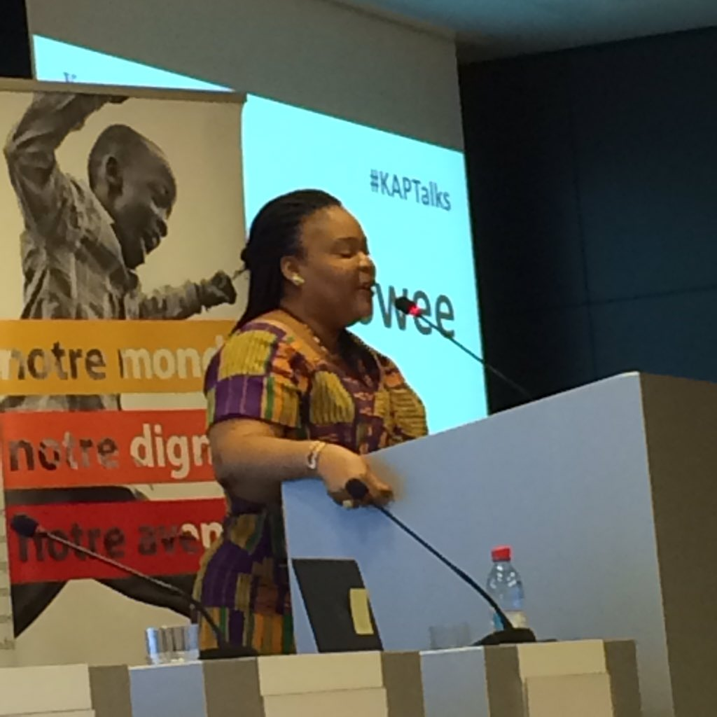 #KAPTalks  we live in turbulent times, 65 countries in conflicts @LeymahRGbowee. Burden rests on #women. #EYD2015 https://t.co/leoAH8wO2t