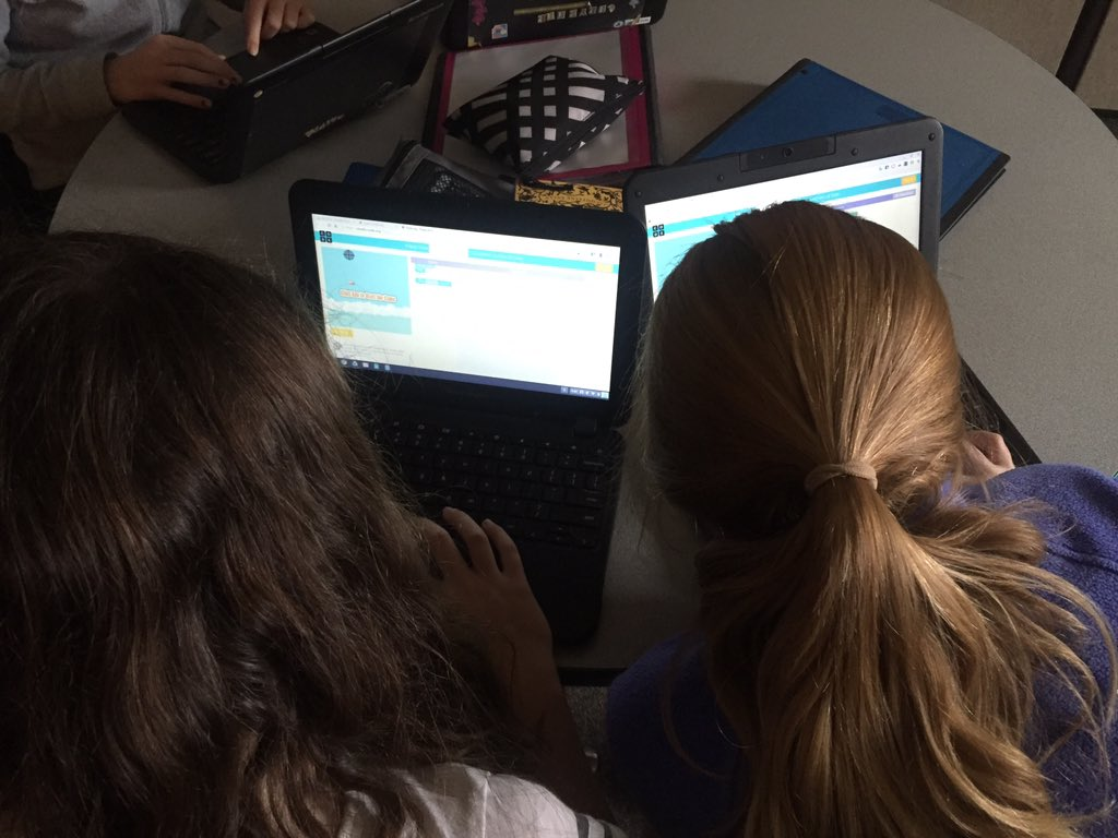 RT @SterlingHouseVT: Girls coding together. #HourOfCode https://t.co/cGa4aRJZby #wsdvt. #vted