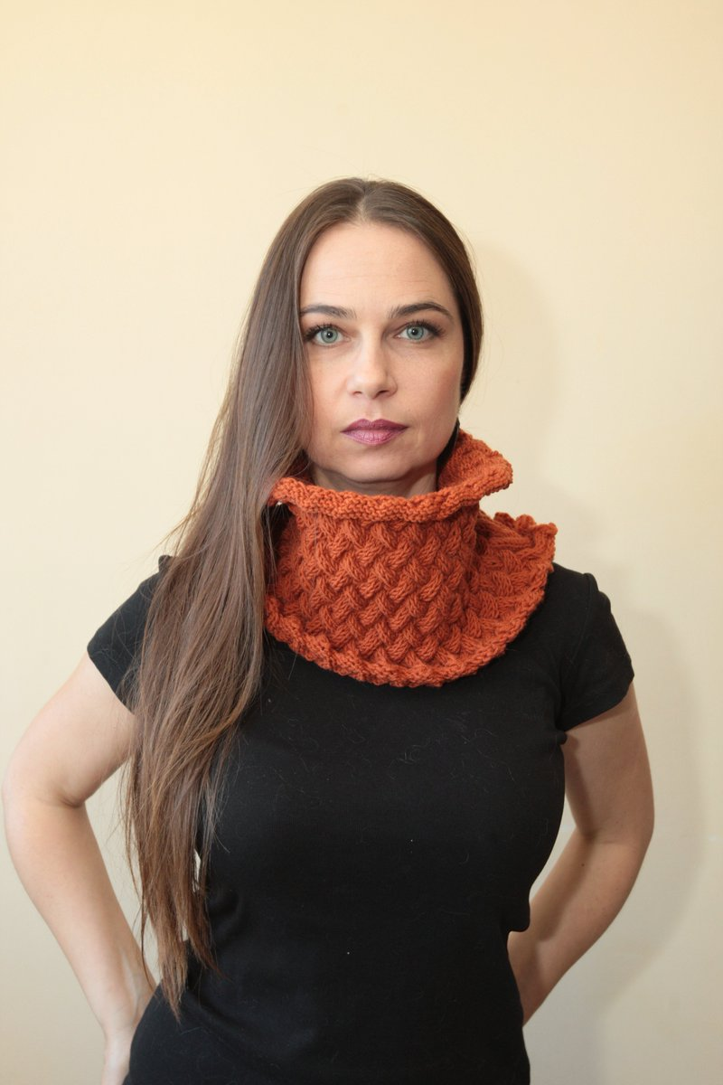 So very Etsy :)  https://t.co/ajopb0fYGm  #etsymntt #etsyrt  #Etsy #logo #orange #unisex #scarf #cowl #fashion https://t.co/7B4ASlALsC