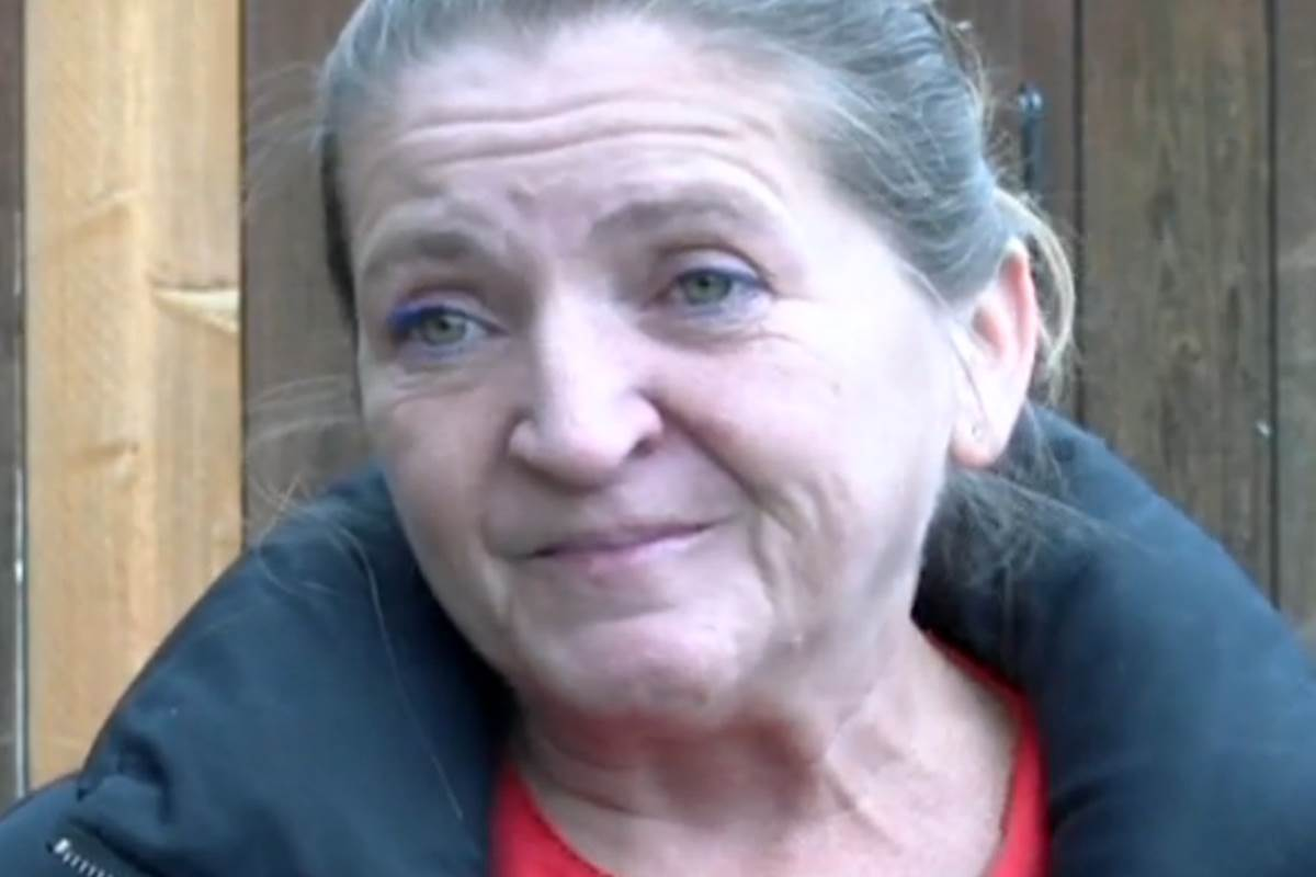 Dinner lady sacked for giving free lunch has previous theft convictions