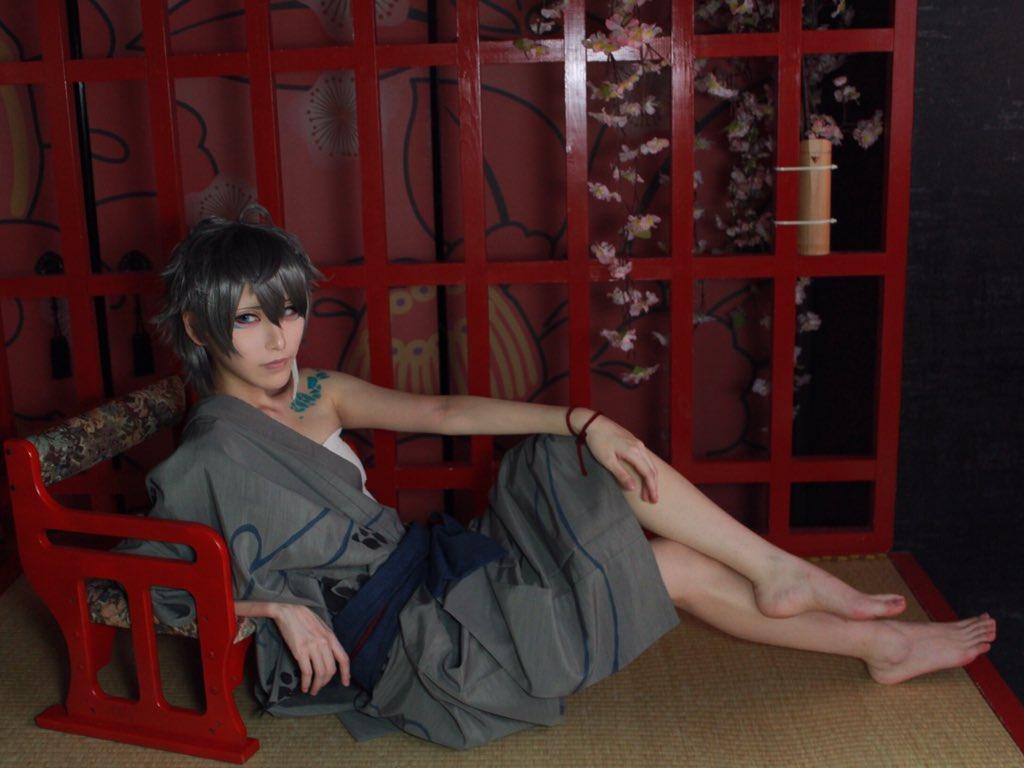 ※コスプレ あんスタ/夜の怪談 『正気か、と問われるだろう。けれども私は、あの春の夜、確かに蛇に恋をした』  瀬名泉:mona 撮影:maruko(@marcobnb)