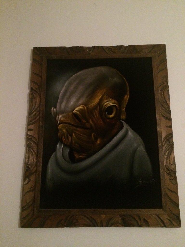 Best velvet painting ever! https://t.co/kObuCyYj5V