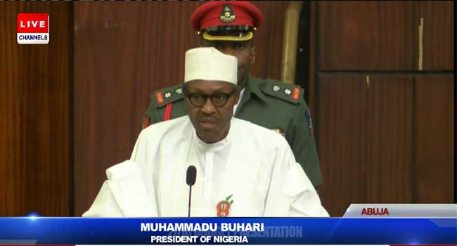 Buhari reading budget