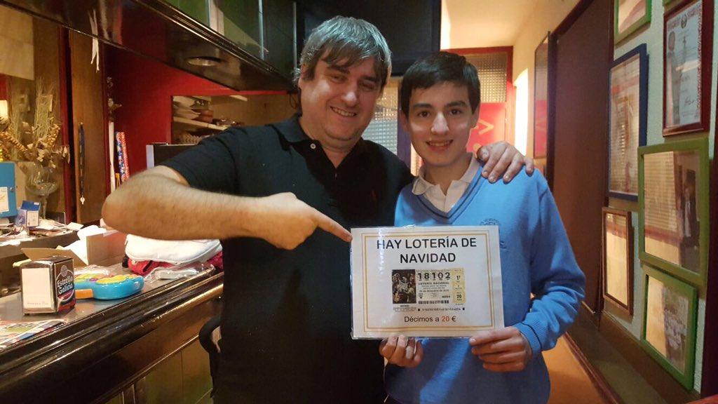 La fecha de nacimiento de su hijo,les ha dado 1,2 millones de euros...#Felicidades!! #BarMarbella #Oviedo #Loteria https://t.co/SUrGDRAG4V