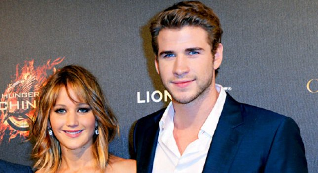 Jennifer Lawrence e Liam Hemsworth, bacio passionale durante Hunger Games