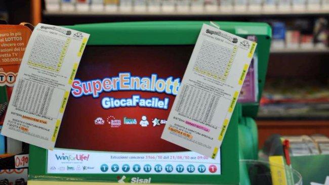 Estrazione Lotto Superenalotto 29 dicembre 2015, i numeri vincenti