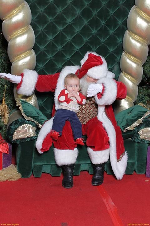 """My friend asked Santa to """"dab"""" while holding her child. He said he didn't know how. Santa is a liar. #KeepPounding https://t.co/bPJ6owL7eG"""