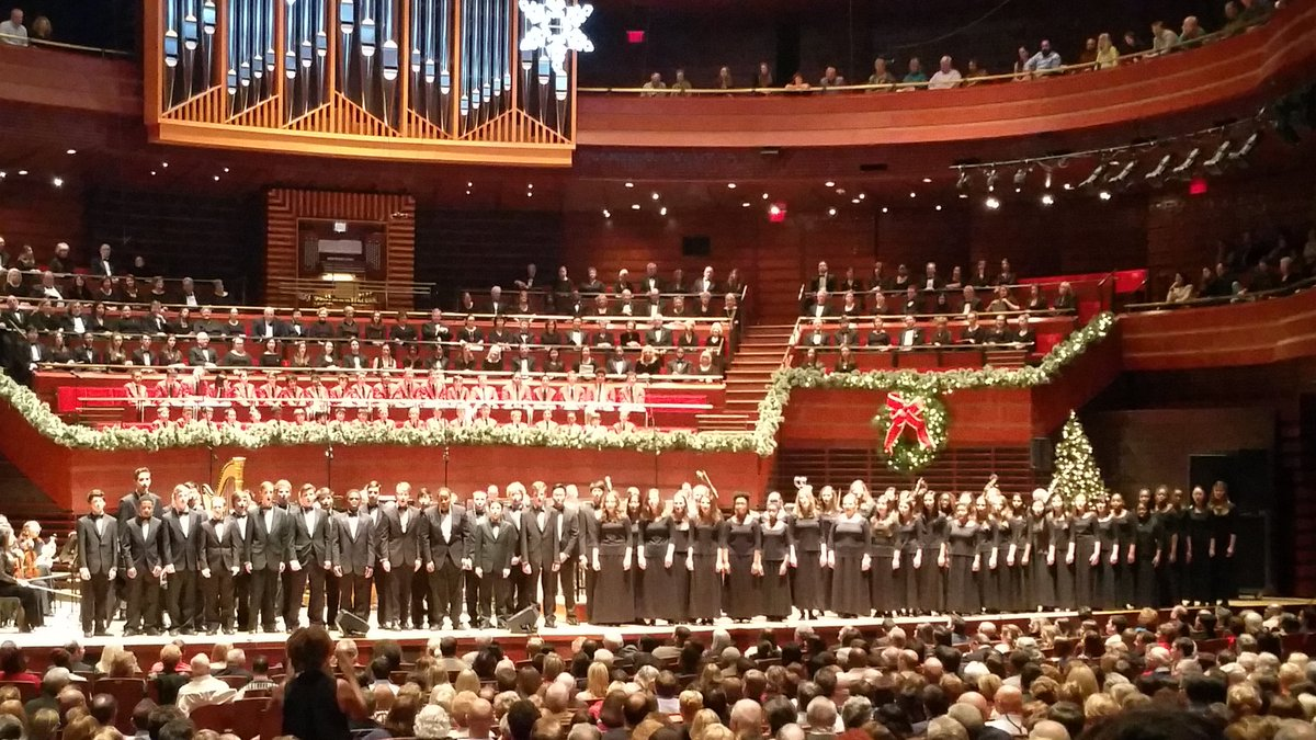 more fm philly on twitter dccsorg choir performing live at the philly pops christmas spectacular christmaschoircompetition httpstcosrz5iroghv