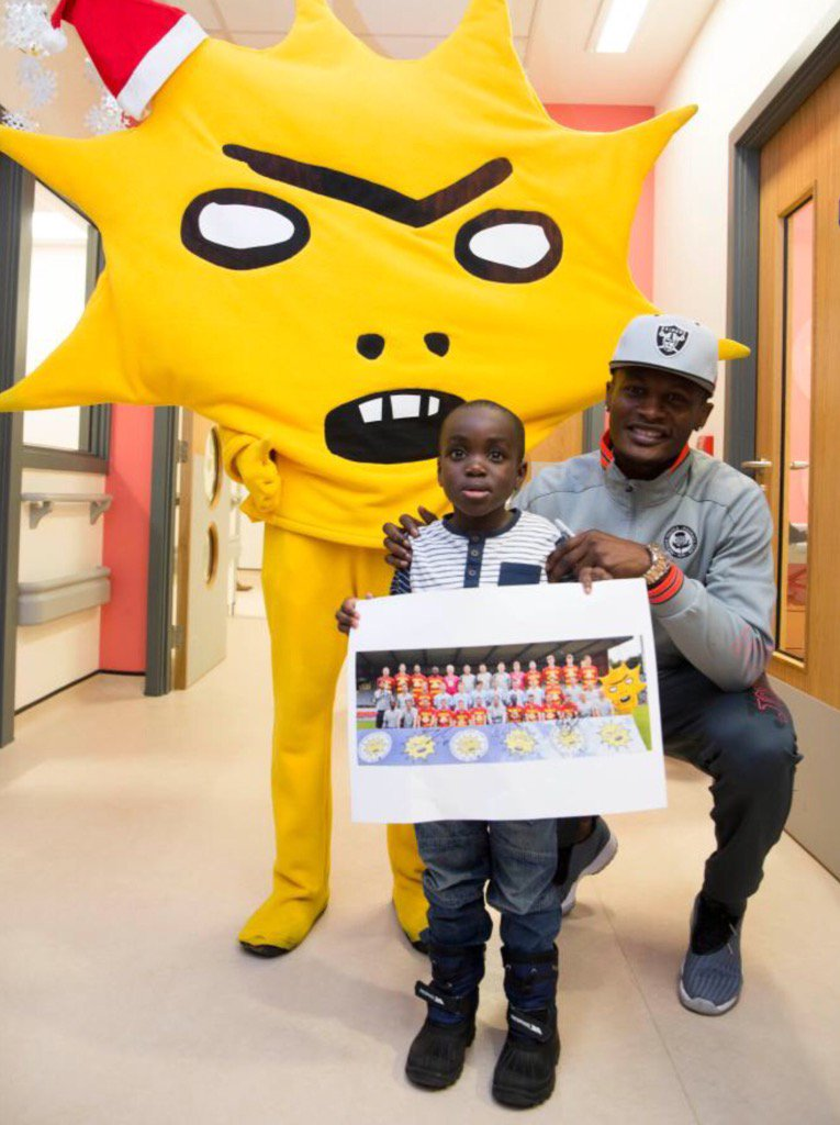 I'm not sure Partick Thistle mascot Kingsley doing hospital visits will be a calming sight for sick people. https://t.co/Lrr5mRclvE