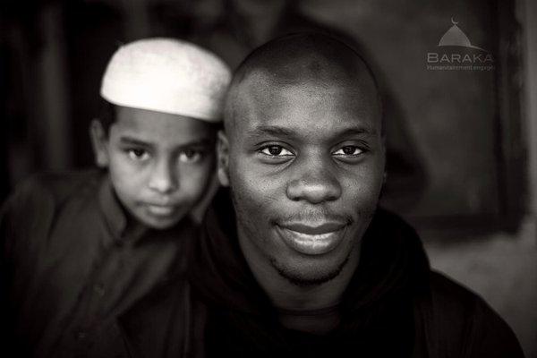 Mon ami Moussa, humanitaire irréprochable, est incarcéré au Bangladesh pour avoir aidé les #Rohingyas #FreeMoussa https://t.co/TkuilWn2ED