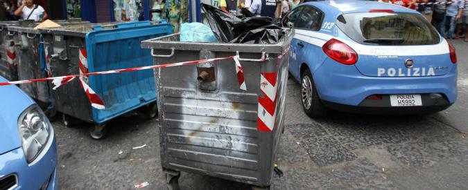 Il cassonetto di Civitanove Marche dove è stato ritrovato il neonato senza vita a poche ore dalla Vigilia di Natale