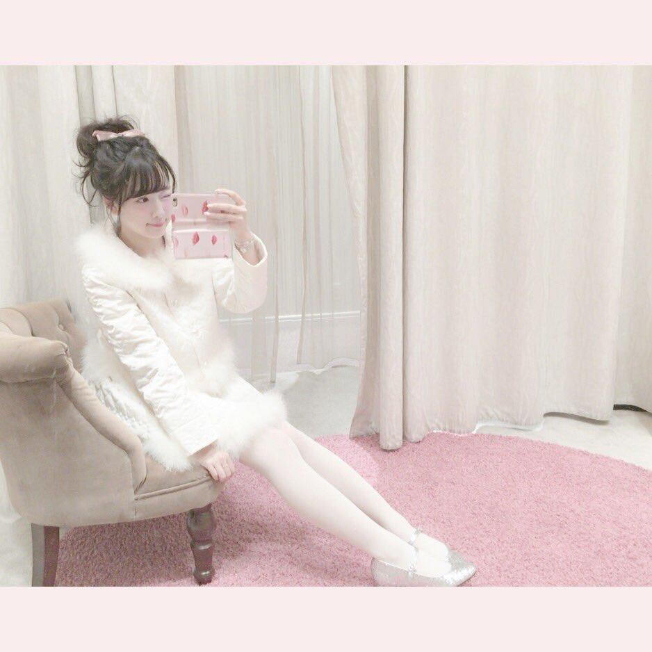 merry x'mas♡ thank you for yulayula♡ キルティングのセットアップの越智ゆらのちゃん♡天使みたい。。こちらはラフォーレ、PARCO、オンラインで販売中です♡ https://t.co/sKuYPujUic