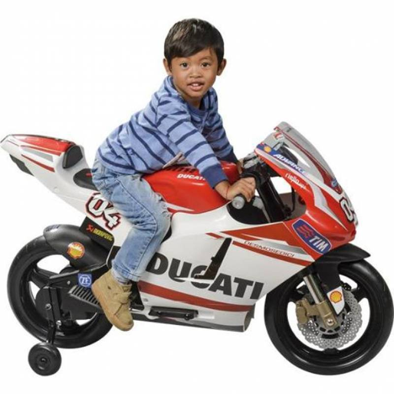 squeezie on twitter lundi j 39 aurai mon permis moto j 39 irai acheter une moto tr s virile. Black Bedroom Furniture Sets. Home Design Ideas