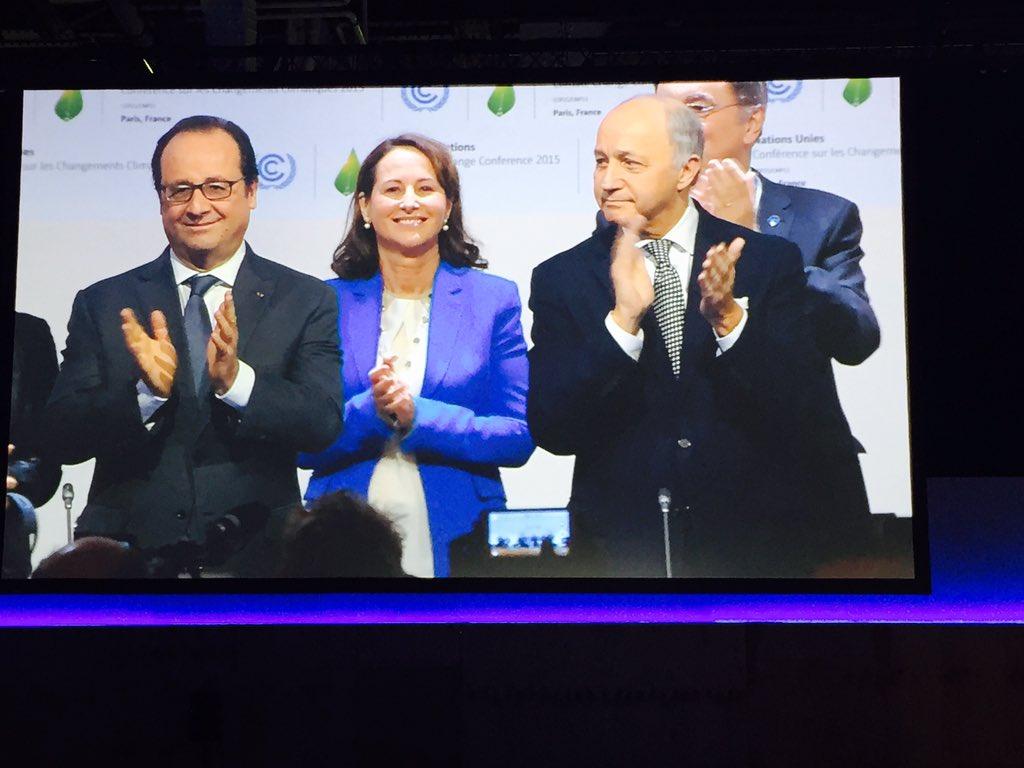 Ouverture de la séance du Comité de Paris #COP21 #AccordDeParis https://t.co/J9Uwo8hSzq