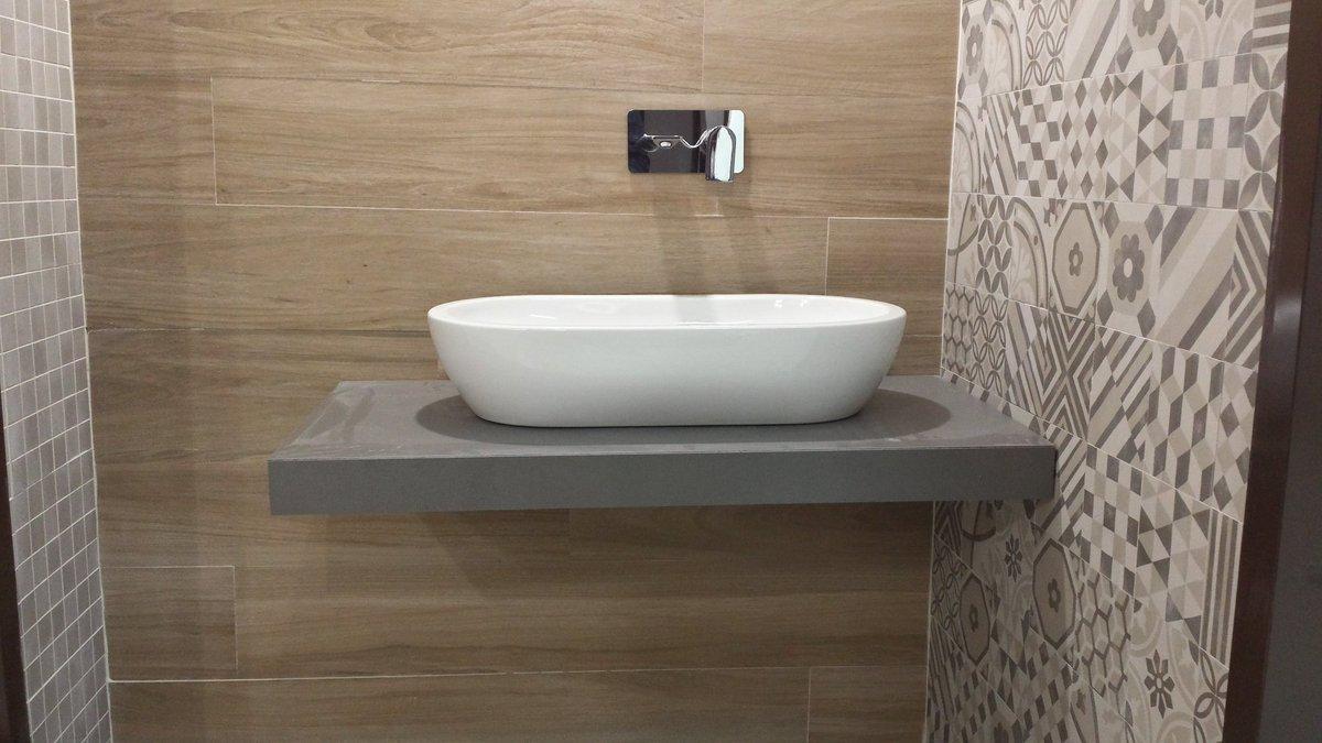 Specchio free standing temira sovet parquet o que e cos for Marazzi ceramiche effetto legno