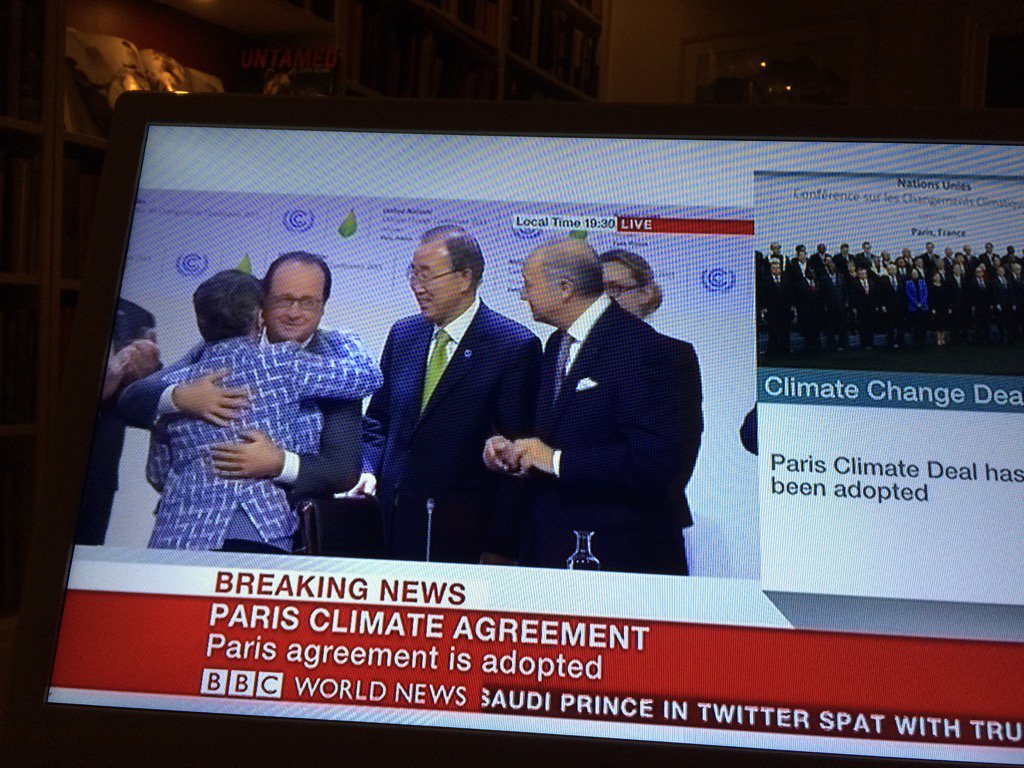 Finally! Congratulations to the world! #COP21 Now the work can start. #history https://t.co/mP7lF5R024