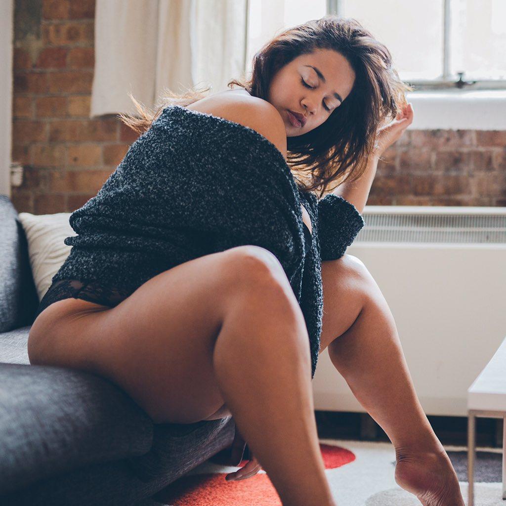 Janne Olivia Campbell nuda