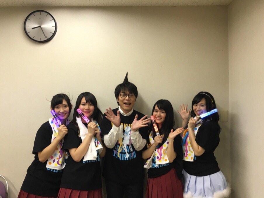 アニメ「干物妹!うまるちゃん」スペシャルイベント「宴・THE FINAL〜そして伝説へ〜」終演しました!ご来場のお兄ちゃん、お姉ちゃん、ありがとうございました!出演者がイベント後に楽屋でパシャリ。#umaru_anime pic.twitter.com/ZmwdLprWl3