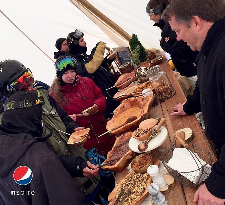 Follow @pepsiconspire's state-of-the art traveling kitchen! Swing by #Breck Sun.for free @quaker @tropicana. #NSPIRE https://t.co/5rTWcICWbv