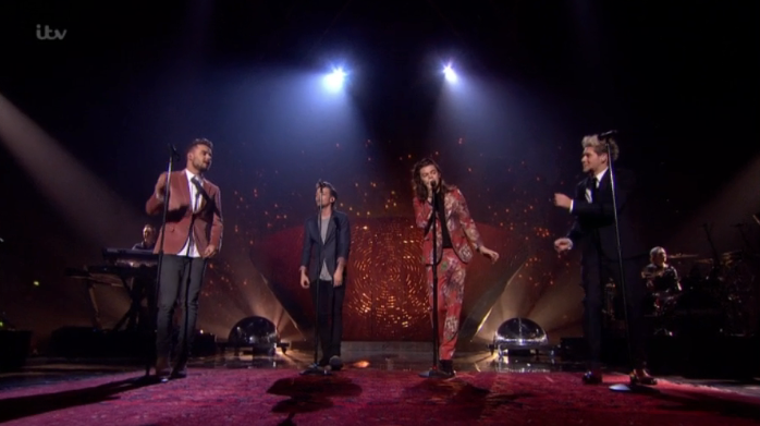 Thanks for 5 amazing years @onedirection - enjoy your break and see you again soon!  #XFactorFinal https://t.co/7bFWc7oHHj
