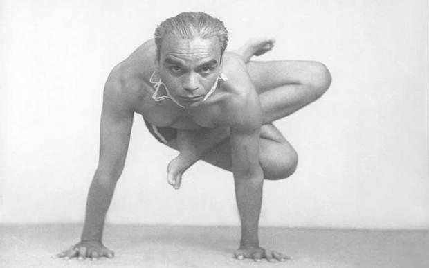 BKS Iyengar, il leggendario Guruji festeggiato con un Yoga Doodle