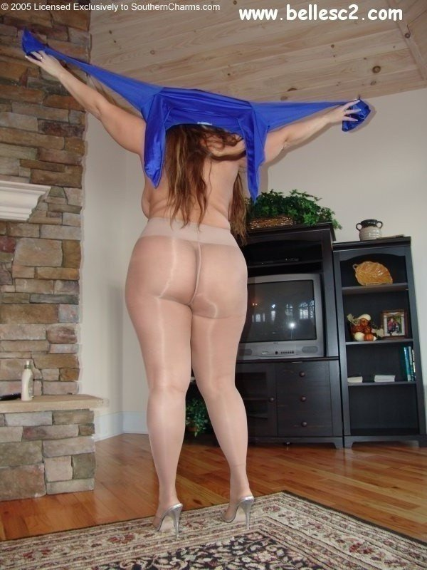 plumpers in pantyhose free pictures